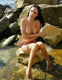 Softcore Beauty - Naturally Beautiful Fledgling Nudes