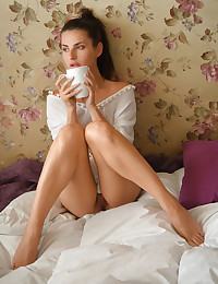Jasmine Jazz bare in erotic MORNING COFFEE gallery - MetArt.com