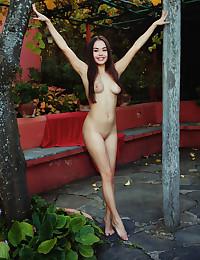 Li Moon nude in glamour CHEEKY gallery - MetArt.com