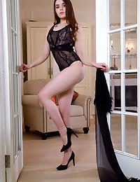 Eva Amari nude in glamour MY PUMPS gallery - MetArt.com