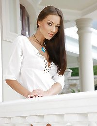Anna AJ's exquisite features with an increment of body curves always problems full erotic attention.