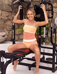 WORKING OUT with Amy Lee, Faith, Zuzana - ALS Scan