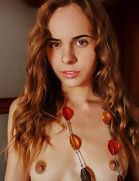 Gracie nude in glamour RONASIE gallery - MetArt.com