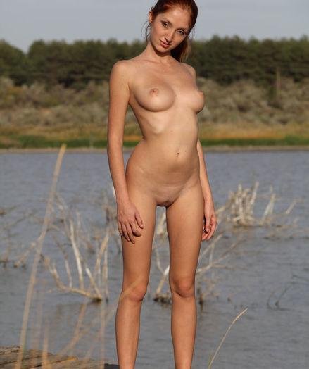Softcore Cutie - Naturally Beautiful Amateur Nudes